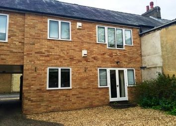 Thumbnail 1 bed flat to rent in City Road, Cambridge