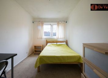 Thumbnail Room to rent in Wynford Road, London