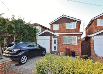 Thumbnail 4 bed detached house to rent in Central Avenue, Canvey Island
