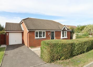 Old Shamblehurst Lane, Hedge End, Southampton SO30. 3 bed detached bungalow