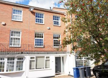 5 bed terraced house for sale in Holden Road, Woodside Park N12