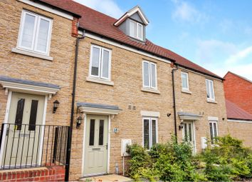 3 bed terraced house for sale in Ascot Way, Bicester OX26