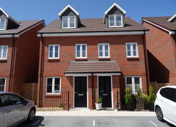 Thumbnail 3 bed property to rent in Daffodil Road, Worthing