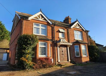 London Road, Chalfont St. Giles HP8. Studio to rent