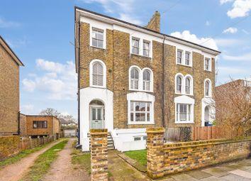 Manor Road, Twickenham TW2. 1 bed flat for sale