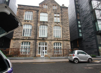 Thumbnail 2 bed flat to rent in 16 Simpson Loan, 9