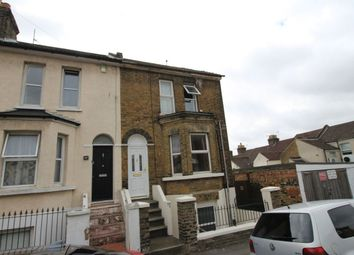 Thumbnail 1 bed flat to rent in Weston Road, Rochester