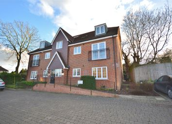 Thumbnail 2 bed flat for sale in Bournemead, Bushey