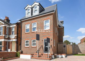Thumbnail 3 bed property for sale in Upper Sunbury Road, Hampton