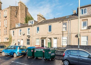 Thumbnail 1 bedroom maisonette for sale in 2A Eassons Angle, Dundee