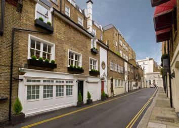 Thumbnail 1 bed flat to rent in Stanhope Mews West, London