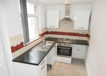 Thumbnail 1 bed flat to rent in Fleetwood Road, Leicester