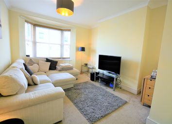 Thumbnail 2 bedroom flat to rent in York Road, Hove