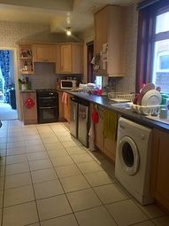 Thumbnail 1 bed flat to rent in Coventry Road, Polygon, Southampton