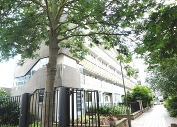 Thumbnail 4 bed flat to rent in Yelverton Road, Battersea