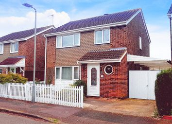 4 bed detached house for sale in Thurne Close, Newport Pagnell MK16