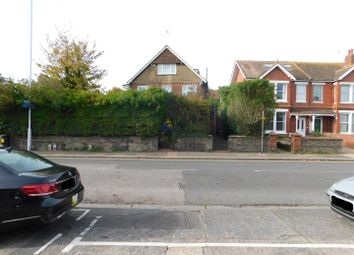 Thumbnail 3 bed flat to rent in South Farm Road, Broadwater, Worthing