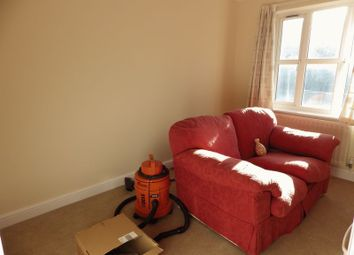 Thumbnail Room to rent in Kings Drive, Stoke Gifford, Bristol