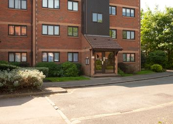 Thumbnail 2 bed flat for sale in Cross Road, Wimbledon