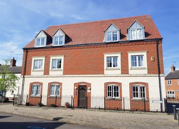 Thumbnail 2 bed flat for sale in Windmill Close, Aylesbury