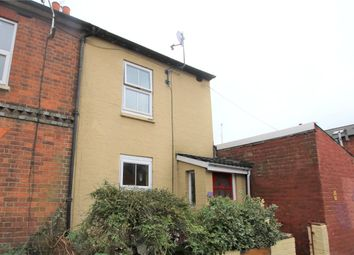2 bed terraced house to rent in Charles Street, Reading, Berkshire RG1