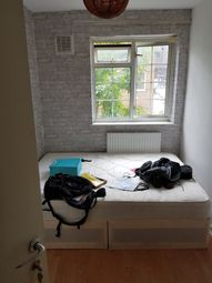 Thumbnail Room to rent in Portia Way(Central Line), London