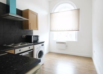 Thumbnail 1 bed flat to rent in Devonshire Place, Runcorn