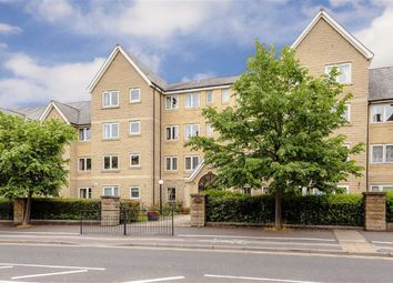 Thumbnail 1 bedroom flat to rent in East Parade, Harrogate, North Yorkshire