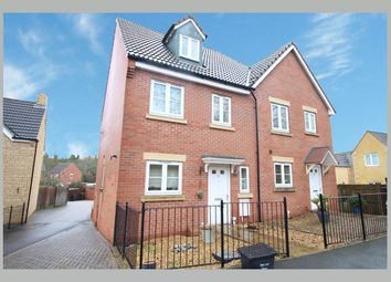 Thumbnail 3 bedroom town house to rent in Coppice Close, Chippenham