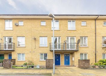 Thumbnail 4 bed property to rent in Garden Place, London