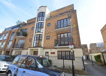 Thumbnail 3 bed flat to rent in Litchfield House, Wedmore Street, Islington, London