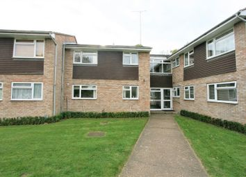 Thumbnail Flat to rent in St Lawrence Way, Bricket Wood, St. Albans