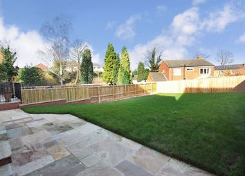 Thumbnail 5 bed detached house for sale in Houndhill Lane, Featherstone, Pontefract