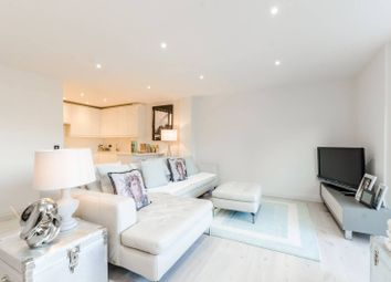 Thumbnail 2 bed flat for sale in Long Lane, Borough