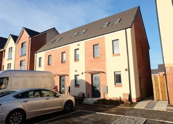 Thumbnail 3 bed town house to rent in Golwyg Y Garreg, Swansea