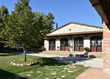 Thumbnail 4 bed farmhouse for sale in Ucr-028 Il Castello, Fabro, Terni, Umbria, Italy