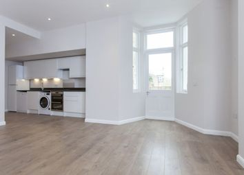 Thumbnail 2 bed flat to rent in Ashmore Road, London