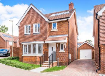 Thumbnail 3 bed detached house to rent in Cleverley Rise, Bursledon, Southampton