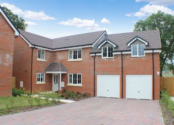 Thumbnail 5 bedroom detached house for sale in Maidman Place, Hedge End, Southampton