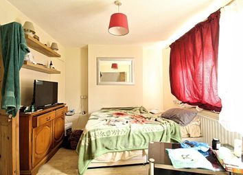 Thumbnail 1 bed flat to rent in Hylands Road, London