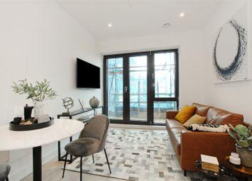 Park House Apartments, Bath Road, Slough SL1. 1 bed flat for sale