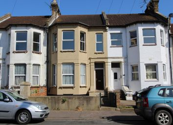 Thumbnail 3 bed flat to rent in Southchurch Avenue, Southend-On-Sea
