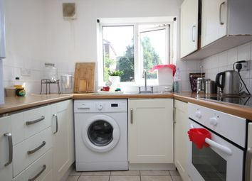 Thumbnail Flat to rent in Rossetti Road, London