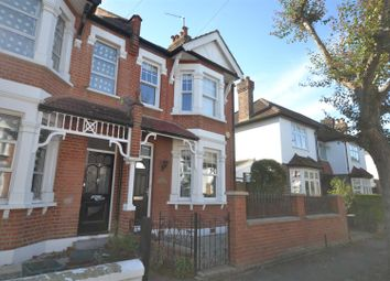 4 bed property to rent in Anchorage Close, London SW19