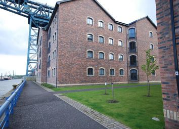 Thumbnail 1 bed flat to rent in James Watt Way, Greenock