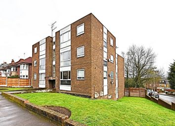Thumbnail 3 bed flat for sale in Valeside Court, Warwick Road, New Barnet, Herts.