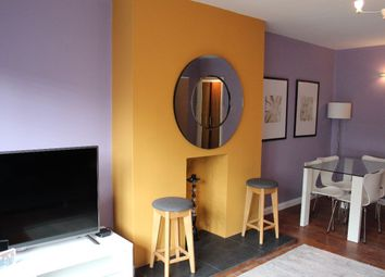 Thumbnail 3 bed flat to rent in Great Peter Street, London