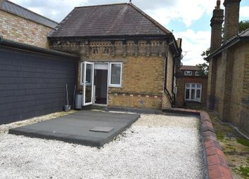 Thumbnail 1 bed flat to rent in High Road, Loughton, Essex.