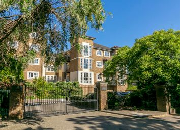 Thumbnail 2 bed flat to rent in Queens Road, Richmond
