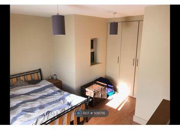 Thumbnail Room to rent in Kilburn Lane, London